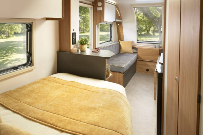 Bailey Discovery D4 4 Greentrees Caravanstore